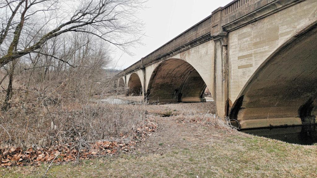 5-arch concrete spandrel bridge