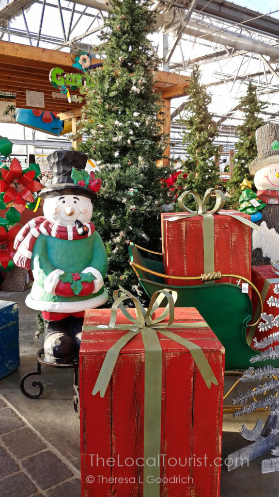 Christmas at Otto's Oasis in Charles City, Iowa