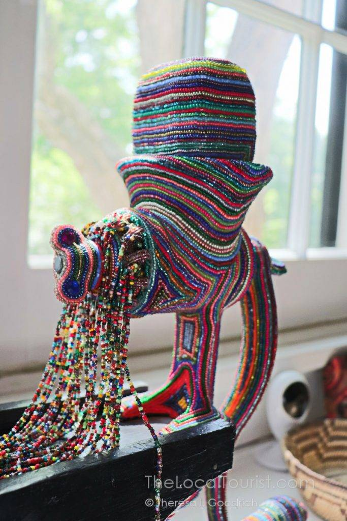 Bead-covered meat grinder