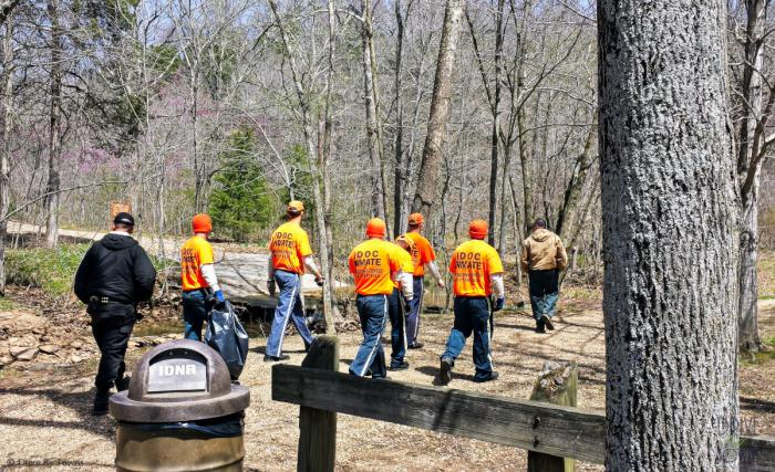 IDOC Inmates at Ferne Clyffe State Park