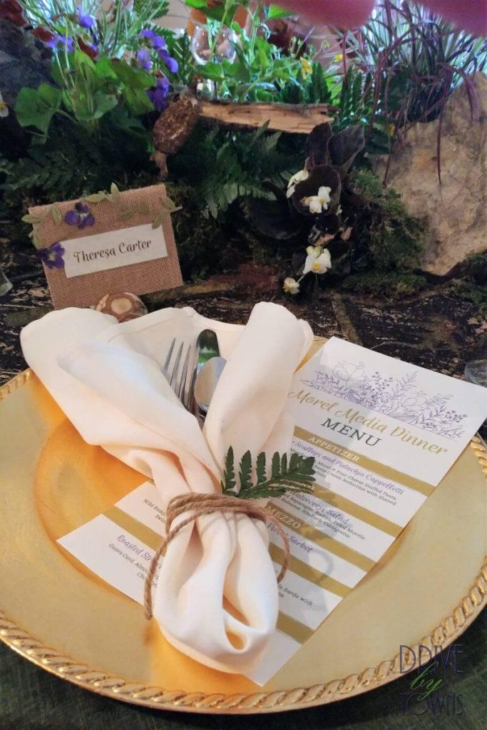 Menu and placecards at Eagle Ridge Resort Media Morel Dinner
