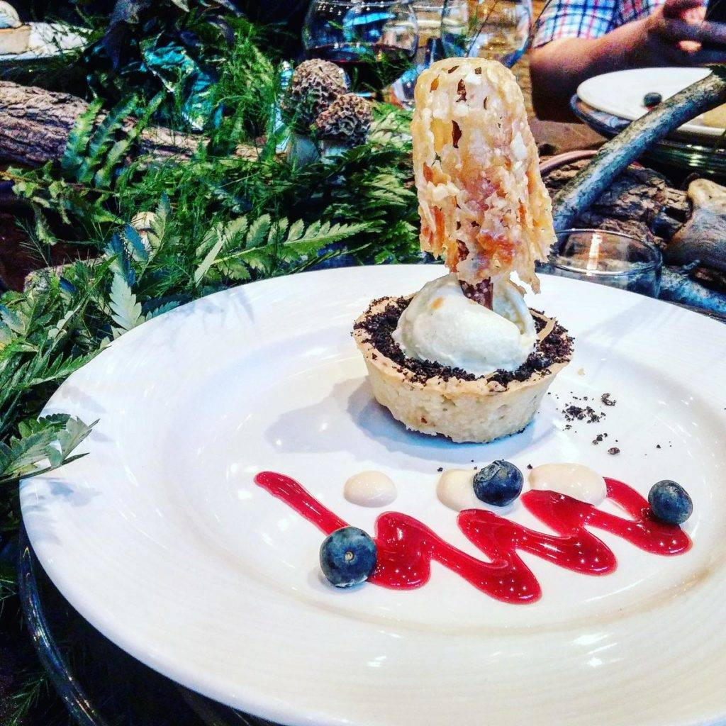 Eagle Ridge Morel Media Dinner pistachio rhubarb tart